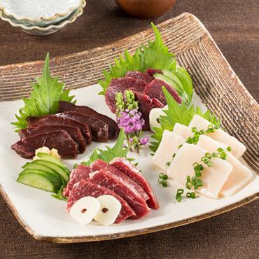 馬刺し食べ比べセット【3月3日〜3月8日に出荷】
