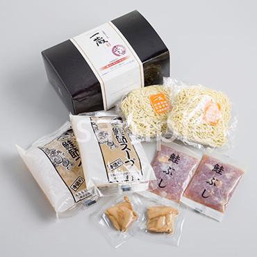 鮭ぶし生らーめん(醤油味) の商品画像