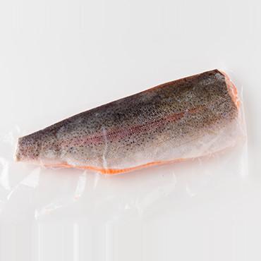 トラウトサーモンフィレ(生食可)片身 の商品画像